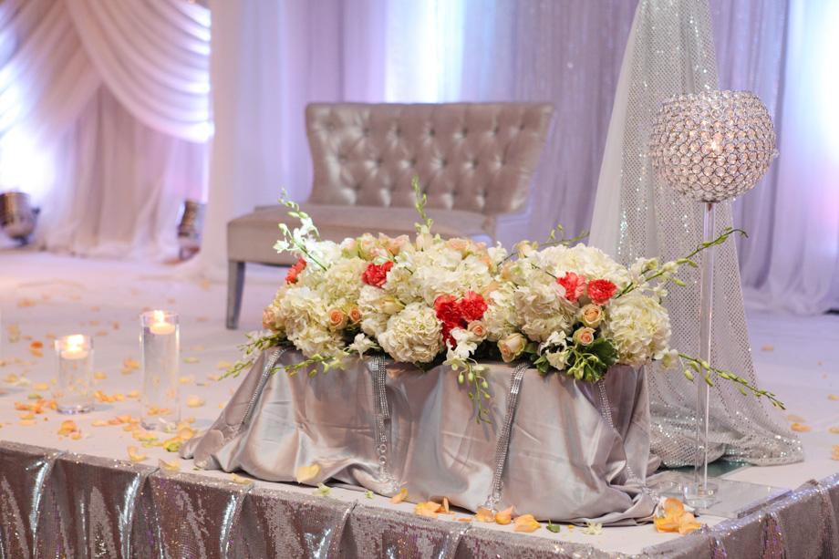 Aman Amp Paul Wedding Reception At Mirage Banquet Hall Khazana Creations